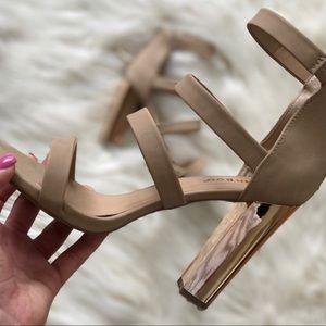 Gold chunk heel